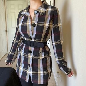 Tommy Hilfiger- Plaid trench coat with belt